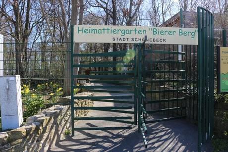 Eingang Heimattiergarten Bierer Berg