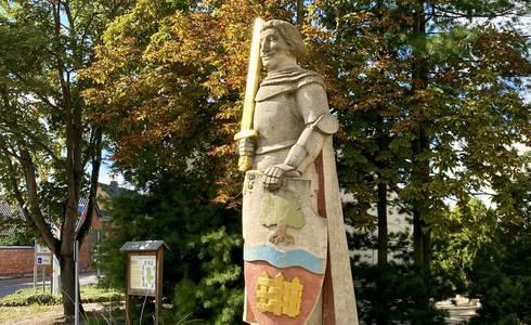 Rolandstatue in der Ortsmitte